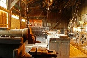 interior-talleres-de-cateras