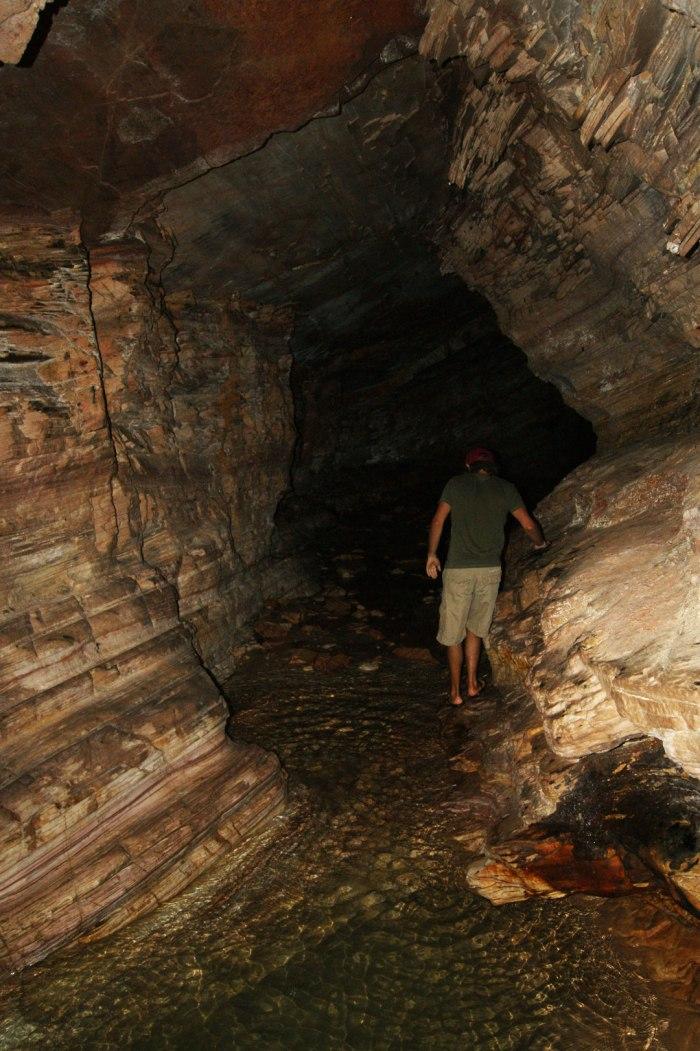 lucas-colombian-en-gruta-02