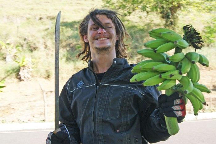 lucas-con-los-plátanos
