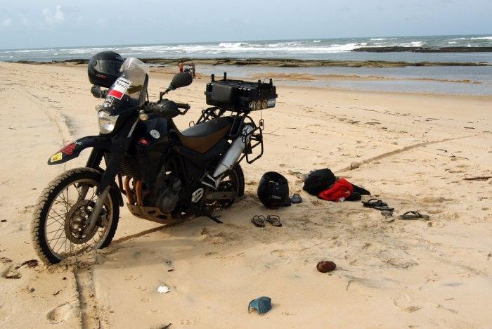 estacionada-en-la-playa-de-sibauma